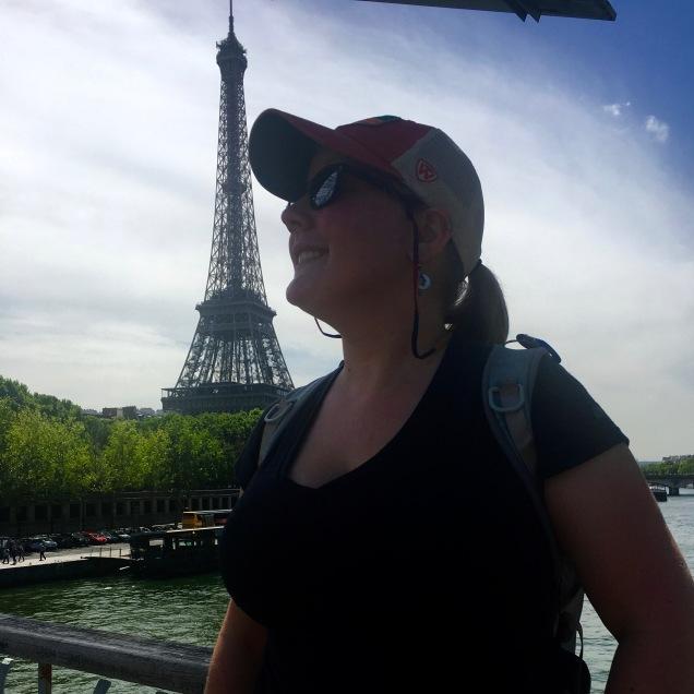 EiffelSelfie